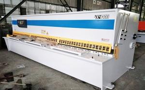 上海QC12K-4x4000数控液压摆式剪板机