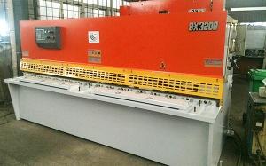 上海QC12K-8X3200液压摆式剪板机